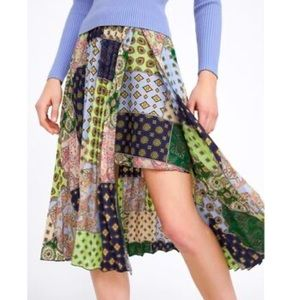 Zara Pleated Patchwork Printed Mini Skirt